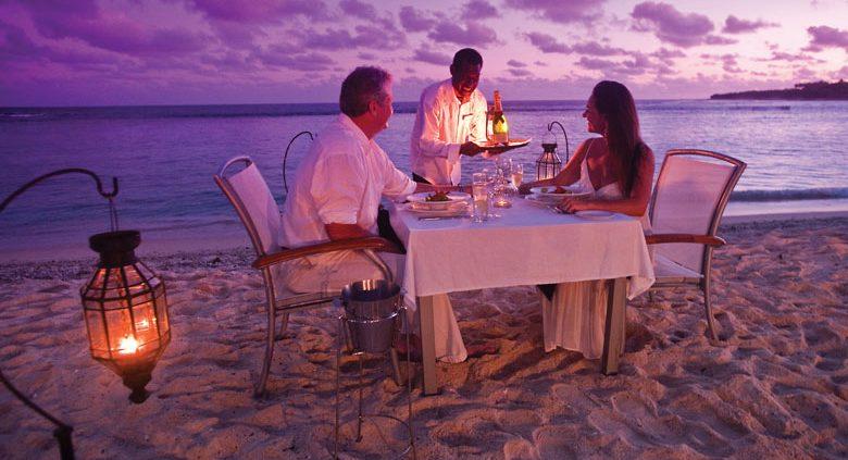 Breakas Beach Resort, Vanuatu - Beach Dining