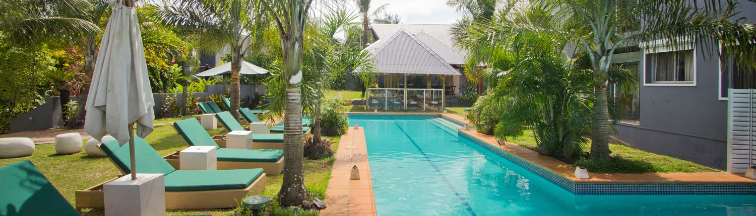 Coconut Palms Resort, Vanuatu - Poolside